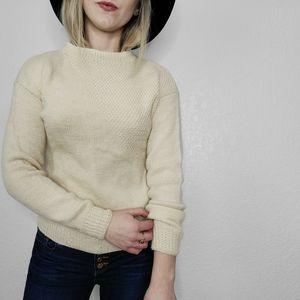 Vintage Ivory Ecru Knit Retro Pullover Sweater